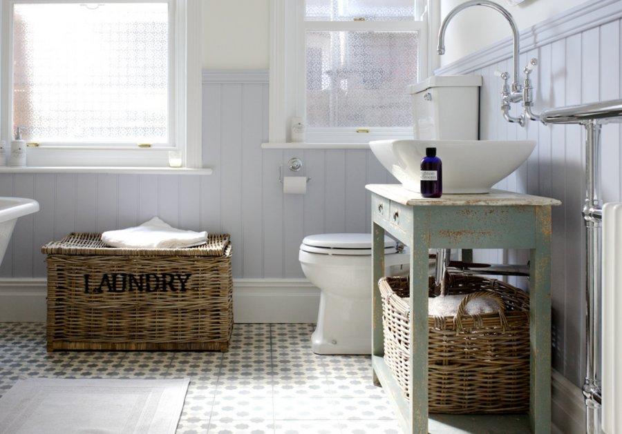 Quirky On Trend Family Bathroom With Bespoke Cabinet